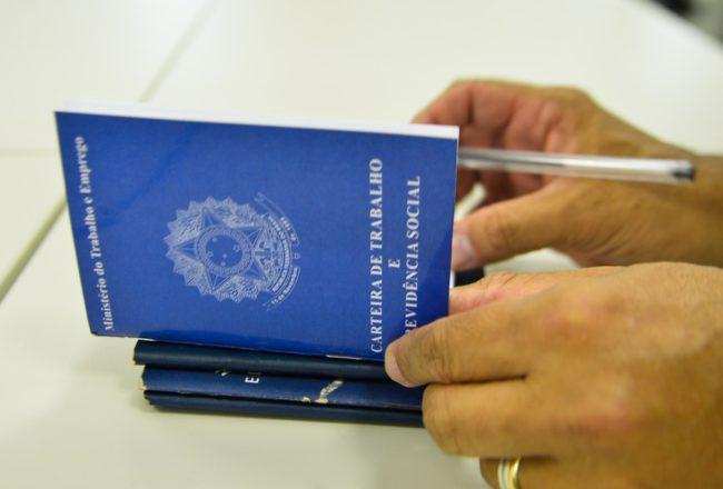 Maranhão é líder de trabalhadores empregados sem carteira assinada