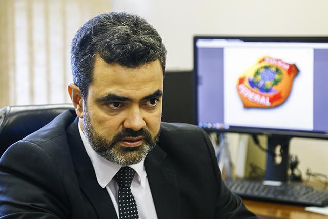 Delegado da Polícia Federal Luciano Flores