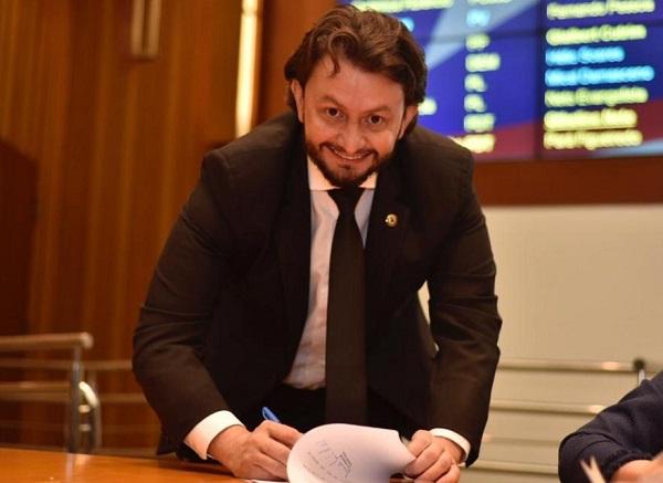 Deputado Dr. Leonardo Sá