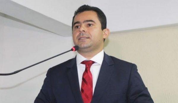 Prefeito Eric Costa