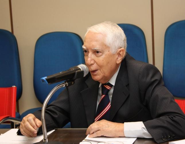 Advogado Kleber Moreira