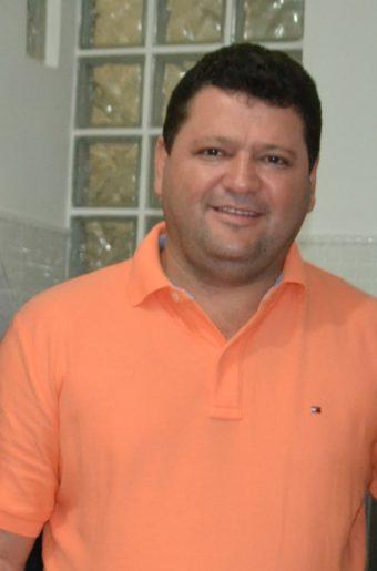 Ex-prefeito Enoque Mota