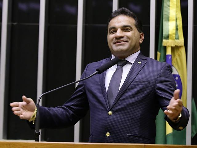 Deputado federal Josimar de Maranhãozinho é alvo da Operação Descalabro, da PF