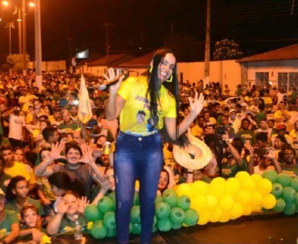 Vice-prefeita eleita Leda Cardoso, de São Domingos do Azeitão do Maranhão