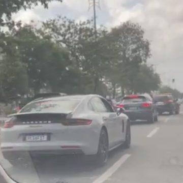 Carros de Edinho Lobão entrando na sede da PF no MA