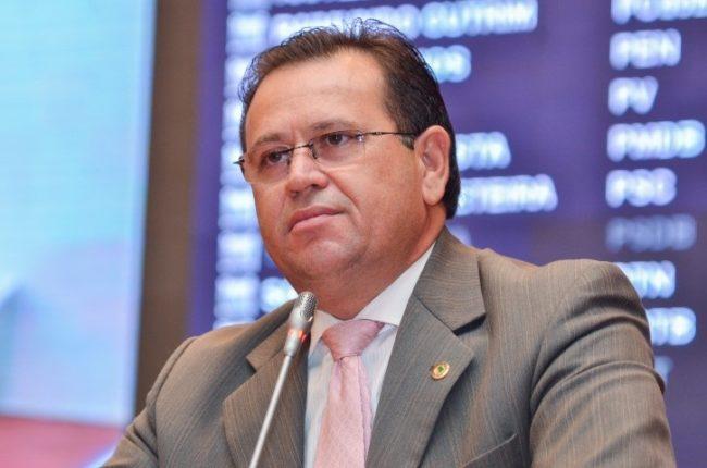 Ex-deputado Stênio Rezende