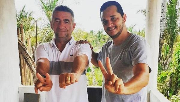 Prefeito Galego Mota e o seu vereador Ronaldo Amâncio