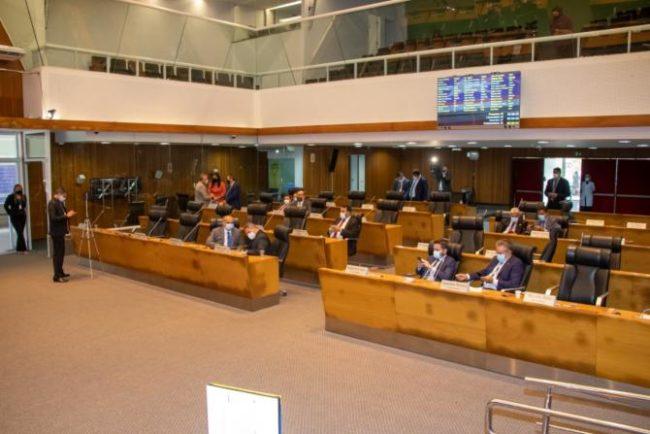 Plenário aprovou Projeto de Lei que institui auxílio para crianças e adolescentes órfãos em decorrência da pandemia